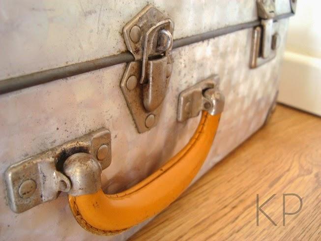 Maletas vintage online. Tienda de decoración vintage en valencia. Estilo sabby chic y art deco.
