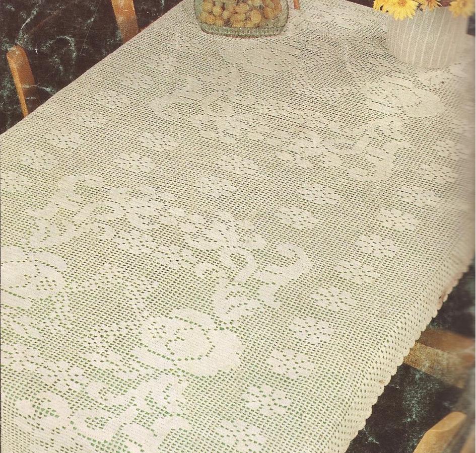 """Mantel """"Rosas y Guirnaldas"""" a Crochet"""