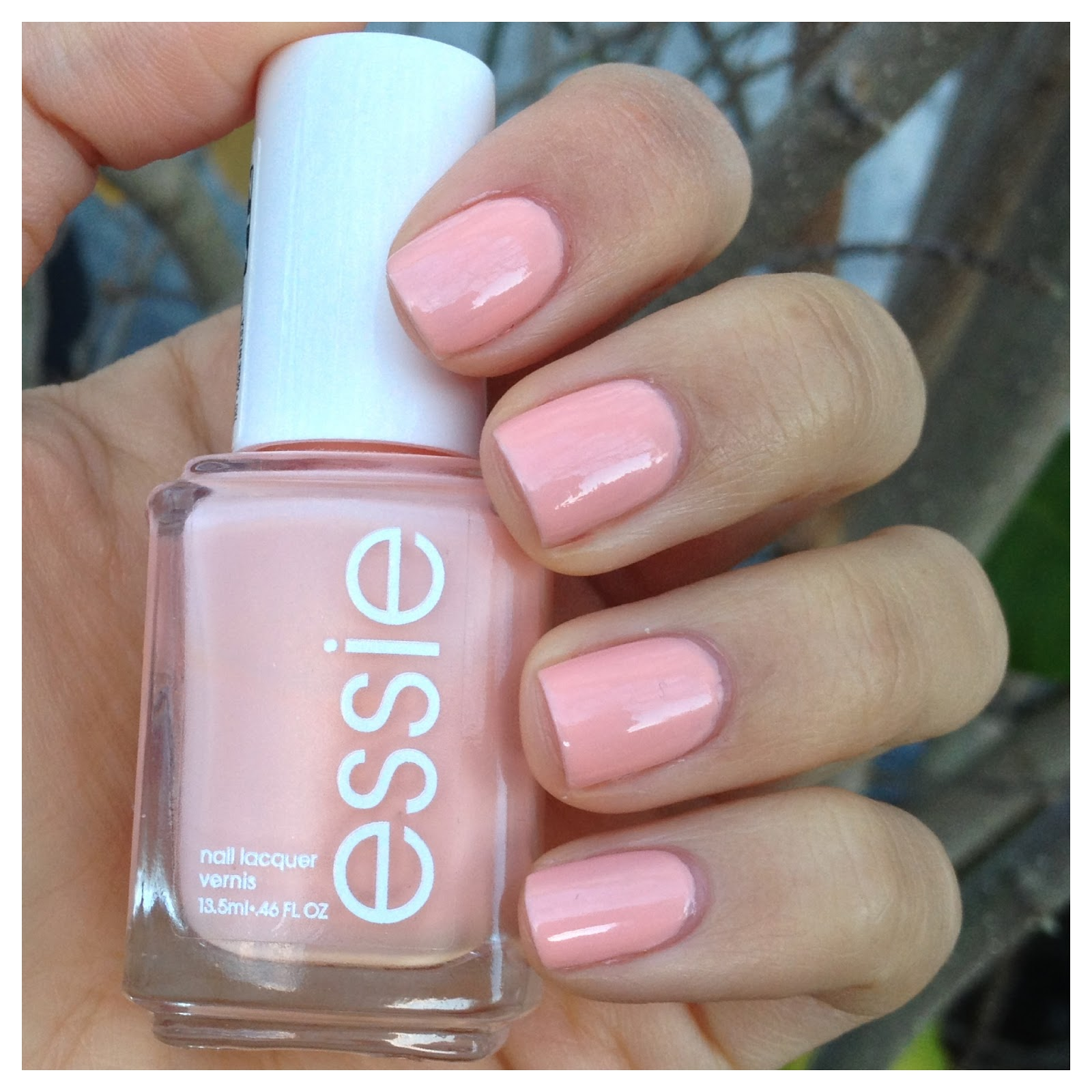 """What I Blog About When I Blog About Books: NOTD: Essie """"A Crewed Interest"""" A Crewed Interest Essie"""