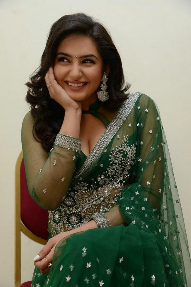 Kannada Film Actress and Model Ragini Dwivedi Hot Photos ...