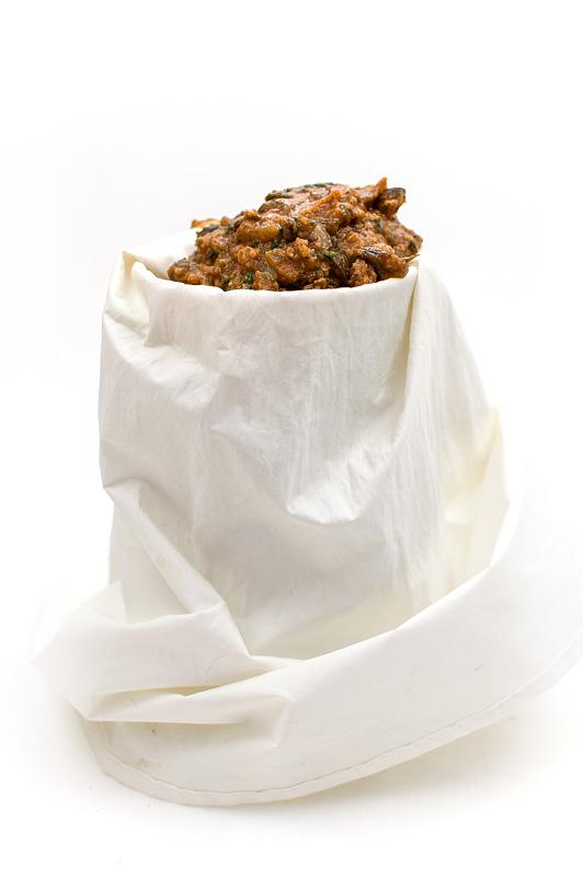 Kaneloni z gobami omaka v vrečki