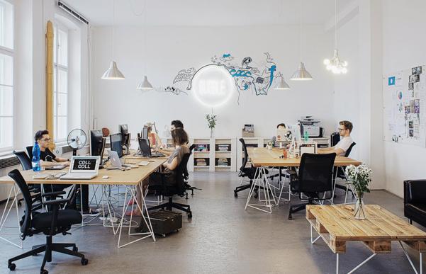 el estilo fresco y ligero de la oficina se translada tambien en el diseo de la pagina web de la empresa