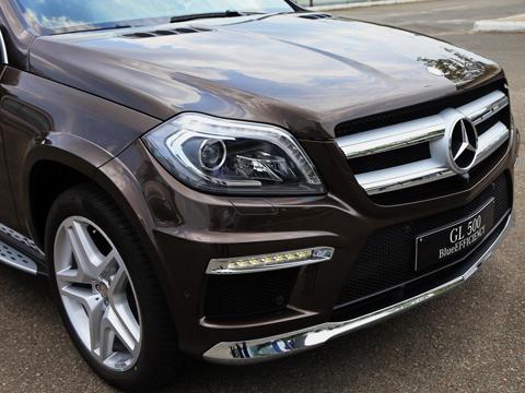 Mercedes GL500 2013 có giá gần 5,4 tỷ đồng tại Việt Nam