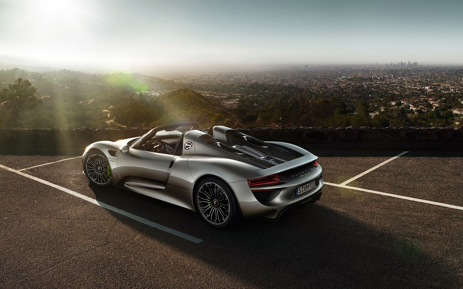 twitter headers facebook covers wallpapers calendars porsche 918 spyder at hill sunlight. Black Bedroom Furniture Sets. Home Design Ideas