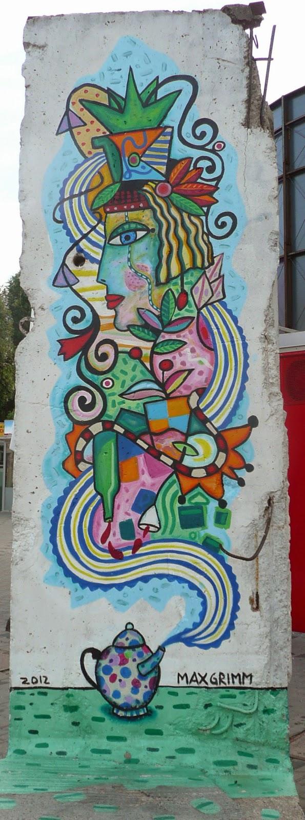 fragmento del muro de Berlín reconvertido a pieza de pop art