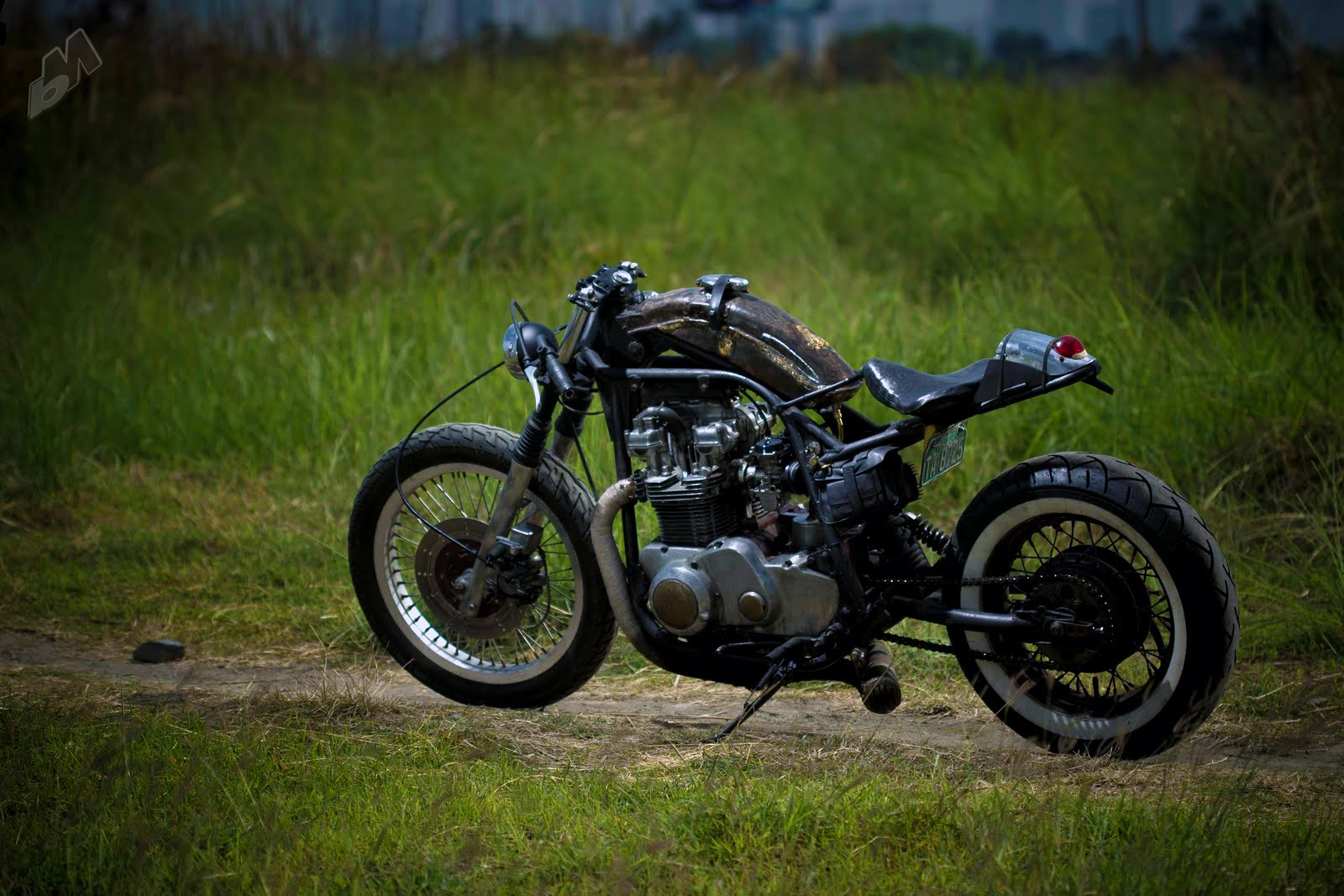 Killer Bobberish Kawasaki Kz750 Monstrosity By 13 Lucky