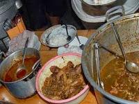 Wisata Kuliner Malang Malam Hari : Sego Ceker Glintung