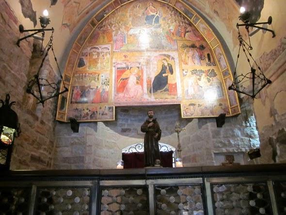 I promessi viaggi la basilica maggiore di santa maria degli angeli in assisi - La tavola rotonda santa maria degli angeli ...