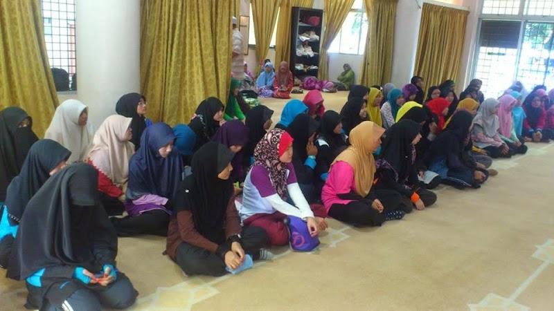 Program Anak Muda Klate Tawan Gunung Stong