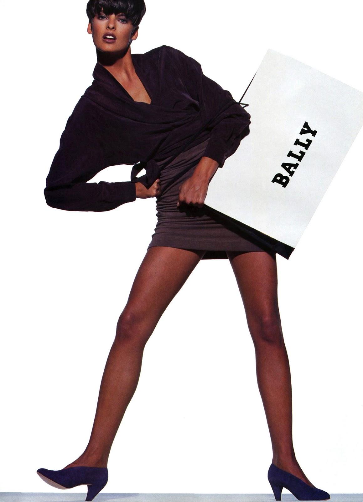 http://1.bp.blogspot.com/-pZ-Zq8t9hYk/T3LNytfAFGI/AAAAAAAAGbM/BstuO3yikj8/s1600/Linda+Evangelista+1989+Bally+Ph+Unk.jpg