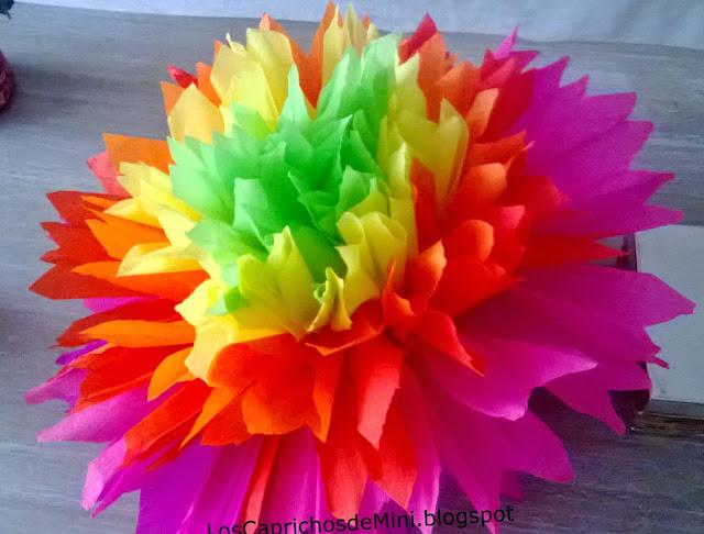 caprichos de Mini: Flores de colores en papel de seda para cumpleaños