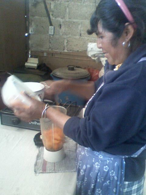 Preparación de mermelada de chile manzano