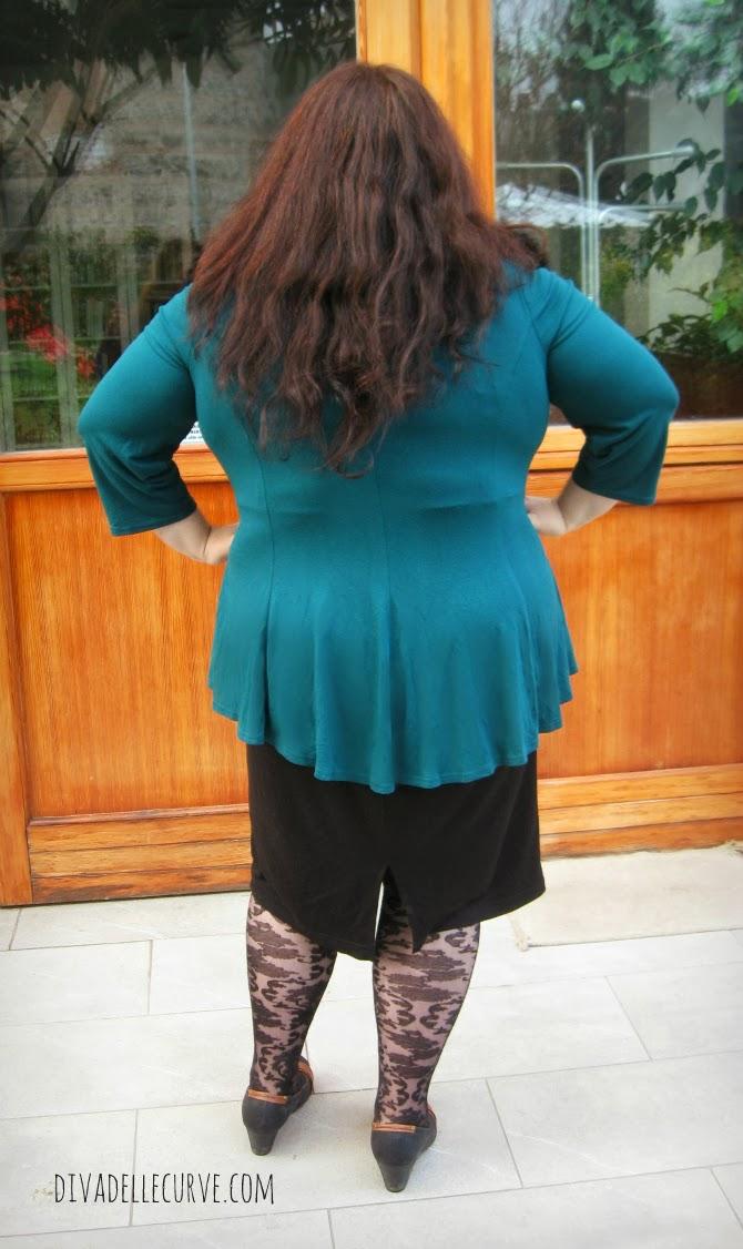 outfit plus size con abito con baschina scarlett & jo