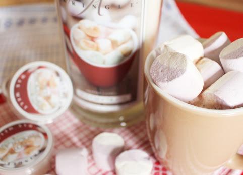 Kringle Candle, Gorąca Czekolada, Hot Chocolate - zapach dzieciństwa + KONKURS