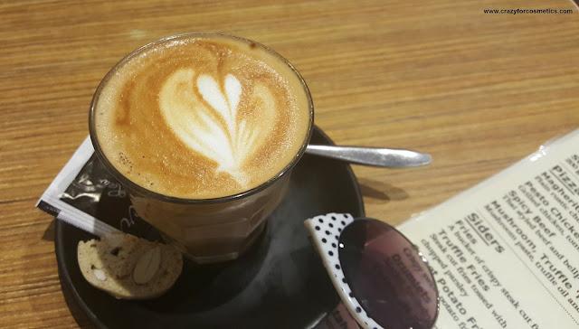 cafes in Haji lane & Bali lane