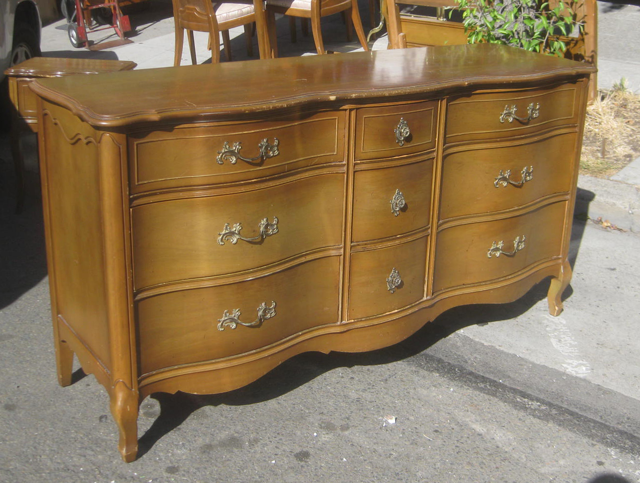 Uhuru furniture collectibles sold french provincial for Furniture in french