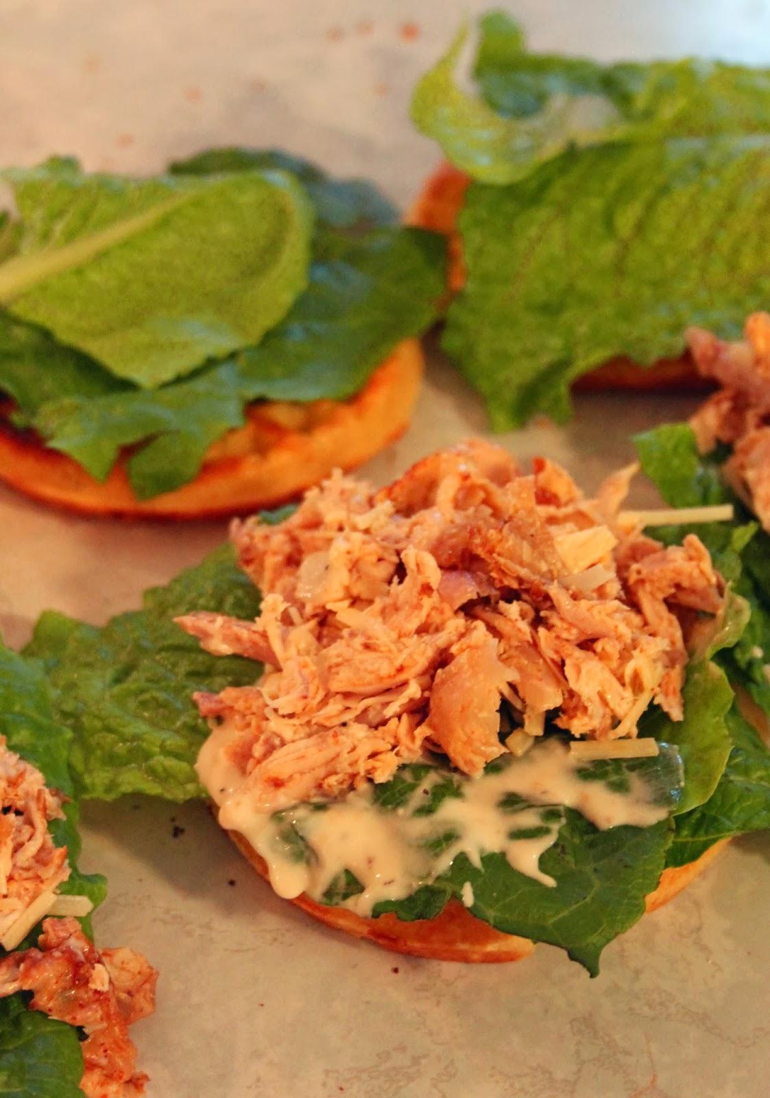 how to make chicken caesar salad sandwich