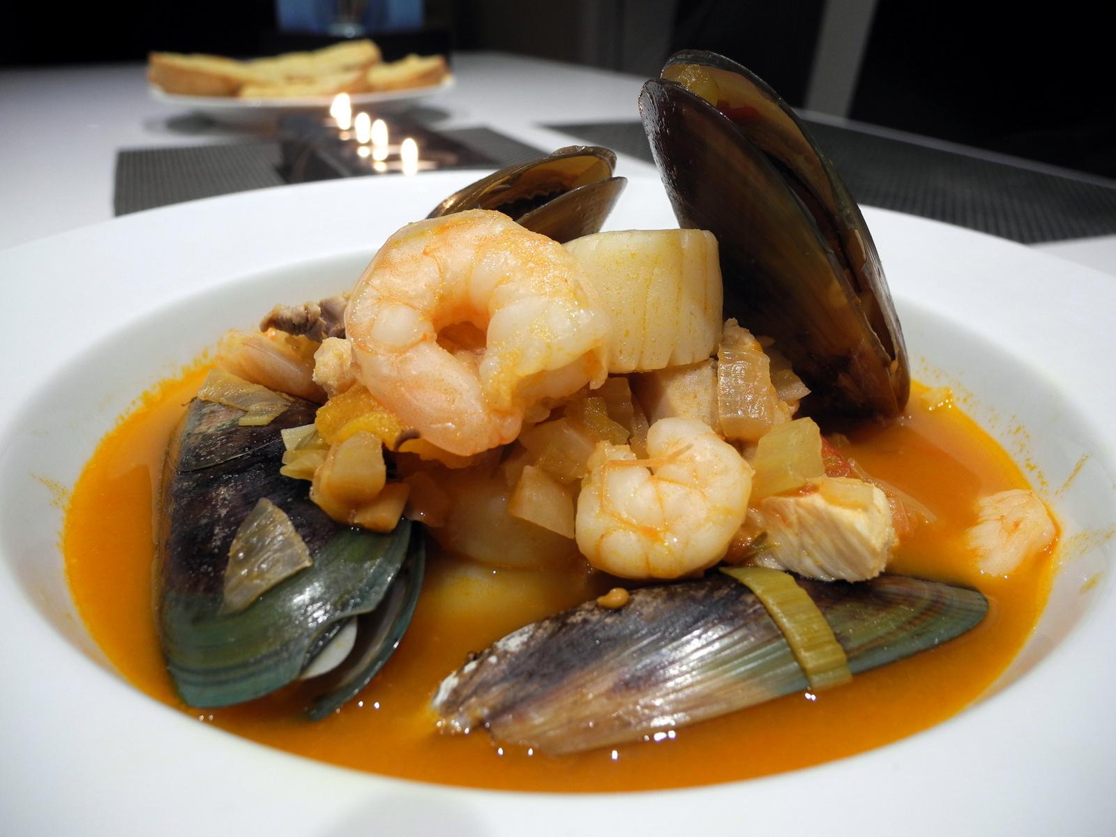 Foodie Ling: Seafood Bouillabaisse