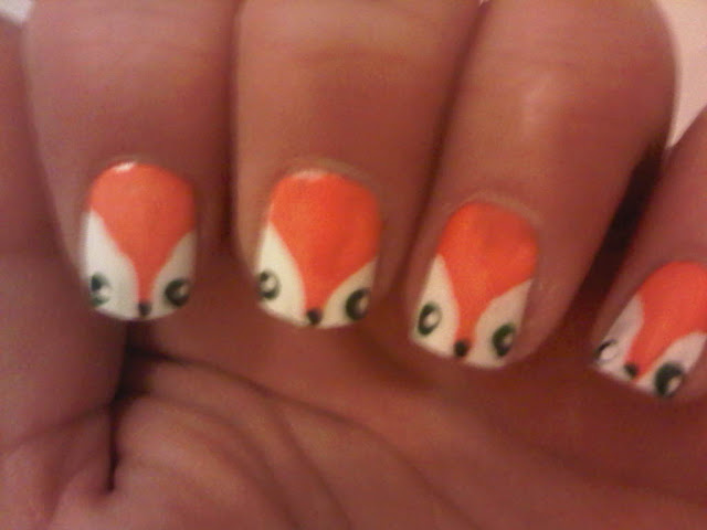 Cute fox face nailart
