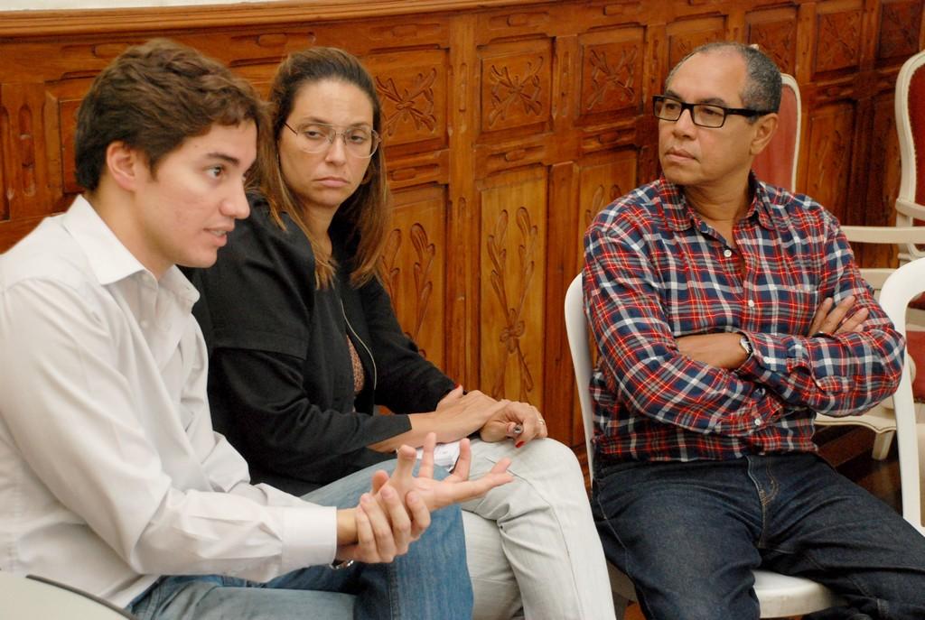 O Pro-Reitor do Instituto Federal, Rafael Almada, a Pró-Reitora Adjunta, Alessandra Paulon, e o coordenador Jorge Rodrigues