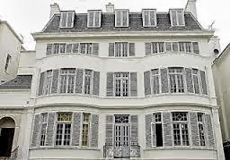 Villa Leopolda USD 736 juta