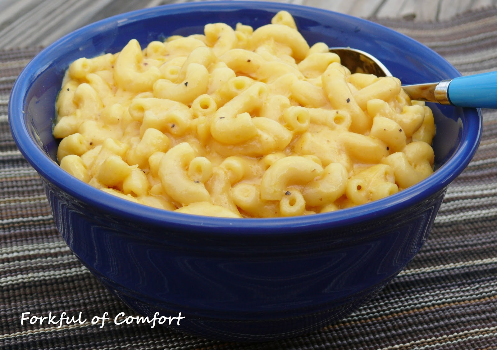 Forkful of Comfort: Slow Cooker Mac & Cheese