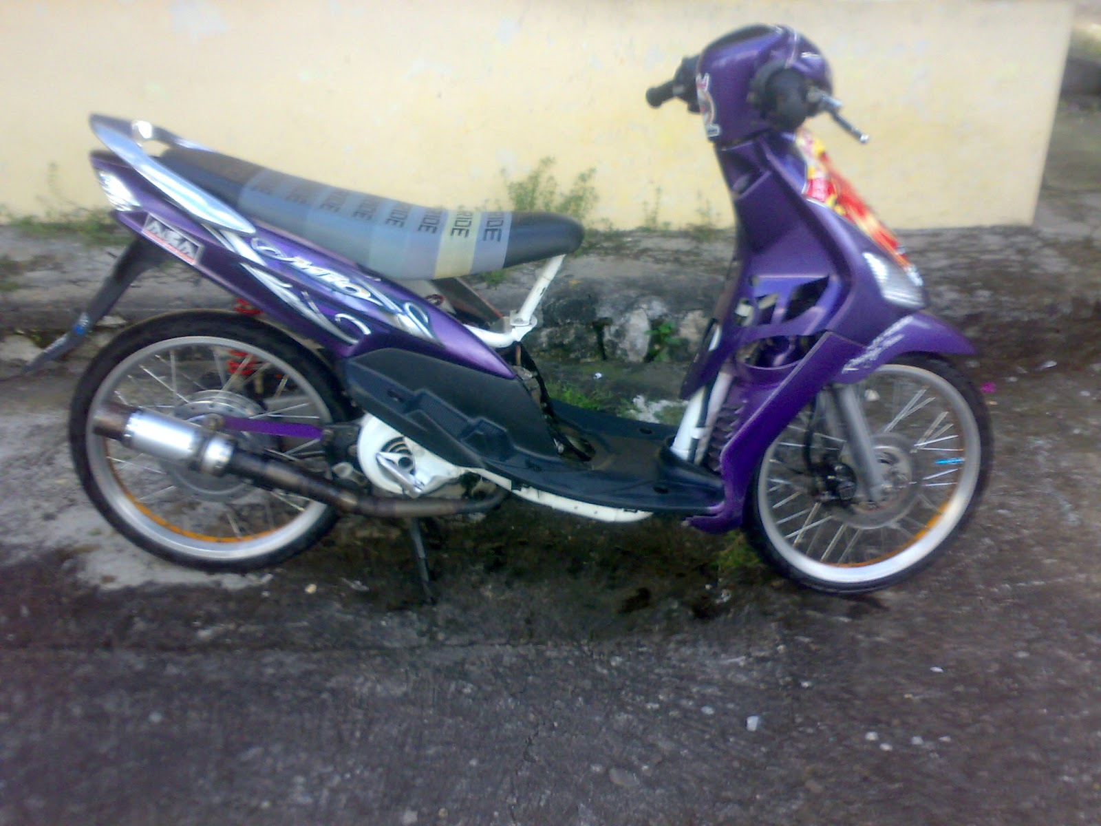 Top modifikasi motor mio sporty ring 17