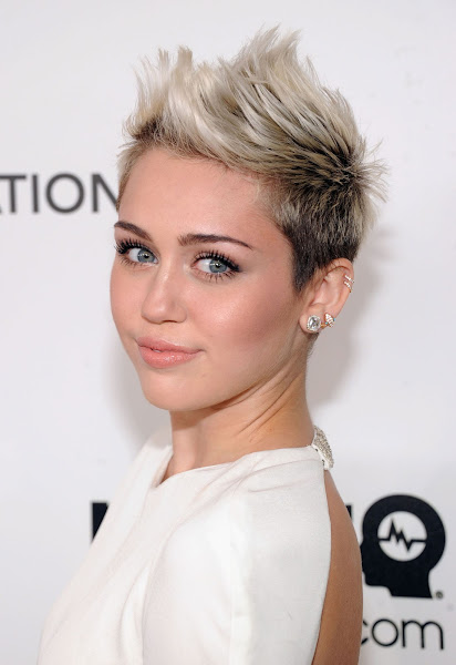 Miley Cyrus Hot at Elton John AIDS Foundation Party in Hollywood  8 Pics