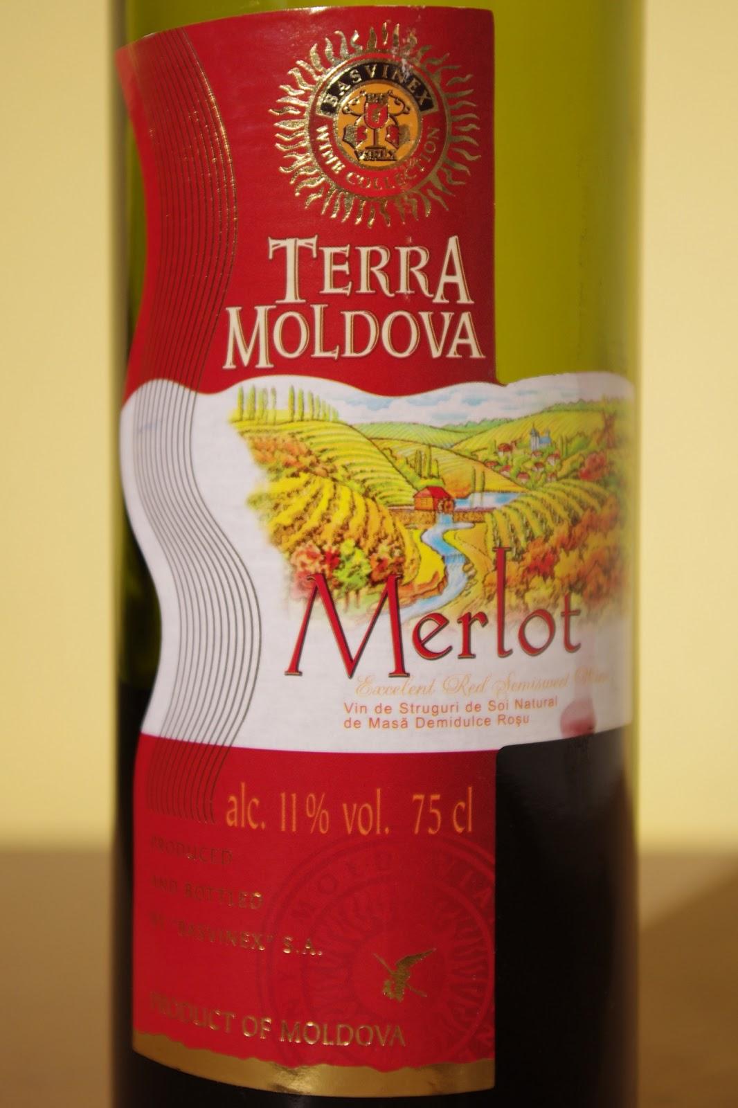 Wino półsłodkie czerwone