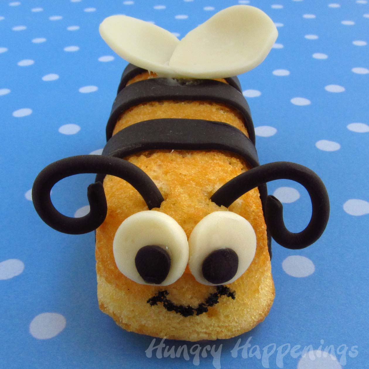Craft bumble bee - Snack Cake Stingers Hostess Twinkie Bumble Bee Treats