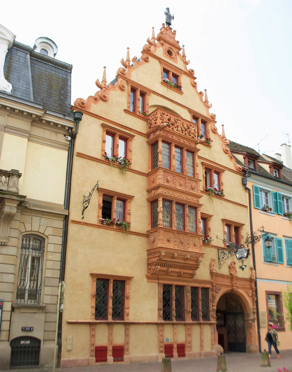 house of head in colmar