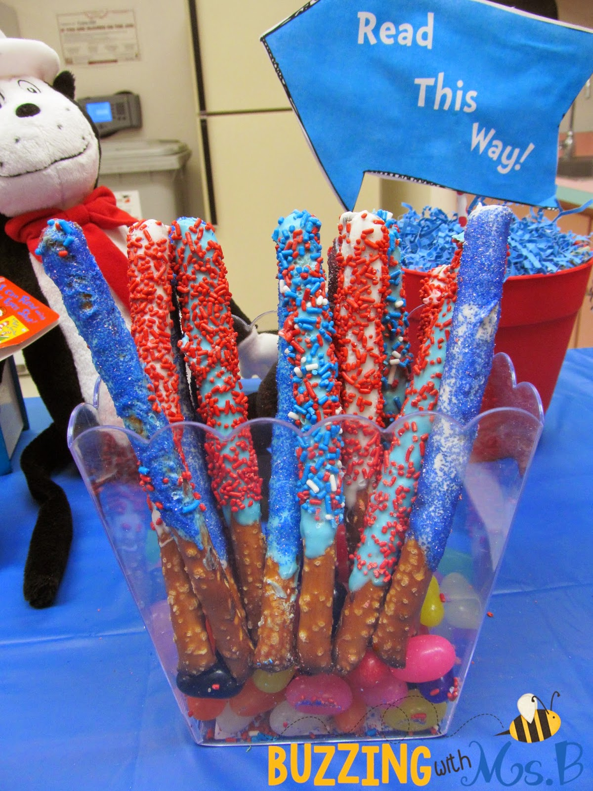 http://buzzingwithmsb.blogspot.com/2015/02/seuss-snacks-read-across-america-snacks.html