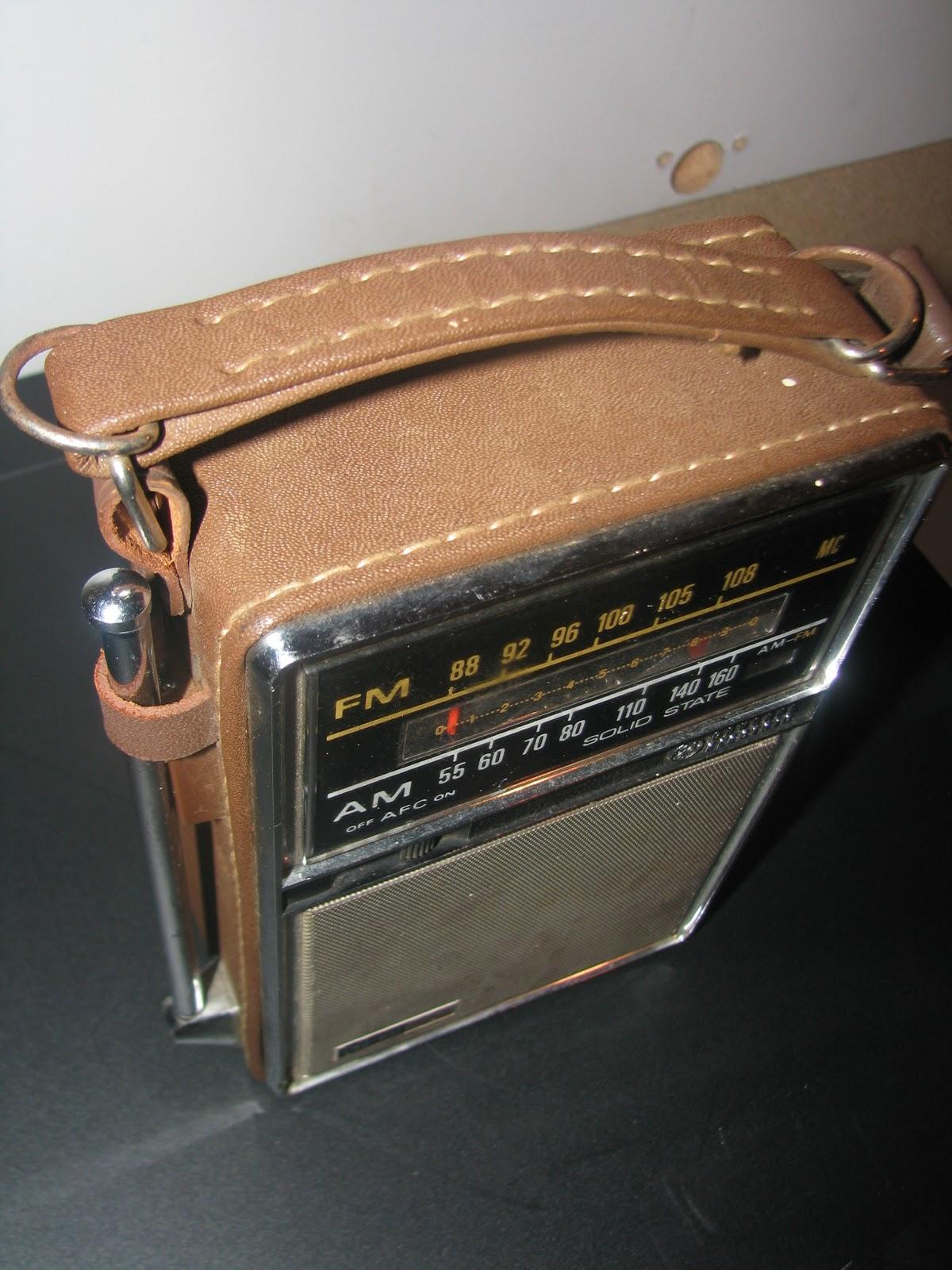 Junkey  Ge Transistor Radio