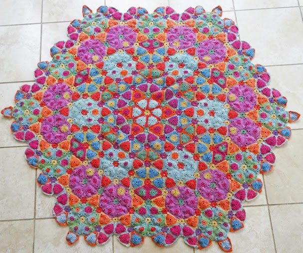 Amanda's Crochet Blanket Adventures : Kaleidoscope and ...