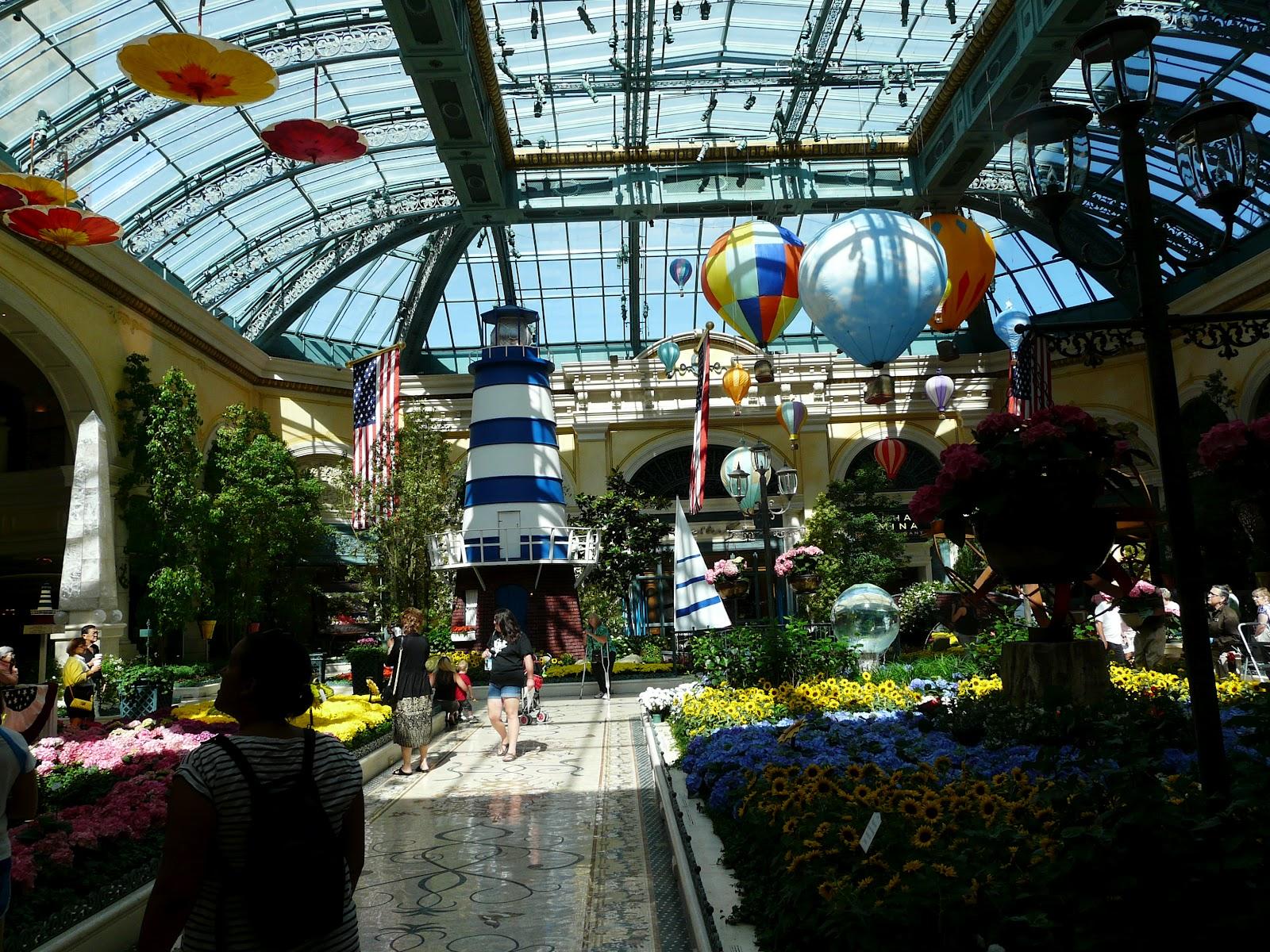 Usa juin 2012 lundi 11 las vegas for Le jardin interieur