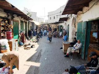 Souk traditionnel à Tétouan