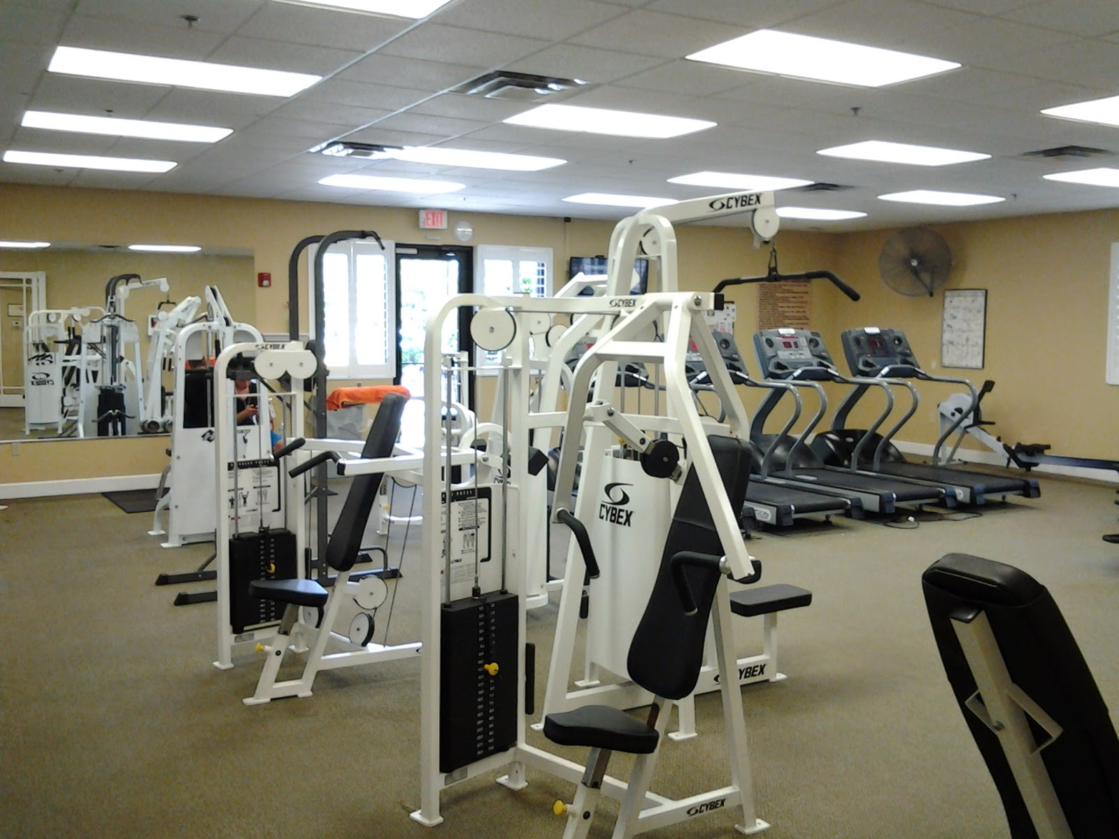Community fitness center Stoneybrook Venice