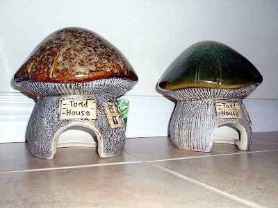 Toadstool-shaped toad houses.