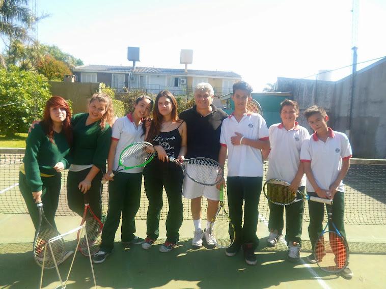 Clases de Tenis y Padel  en San Miguel y Malvinas Argentinas . Director: Profesor Jorge Barros