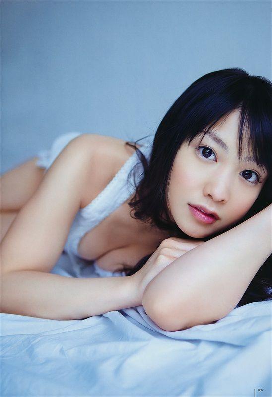 Yui Koike Biography and Photos