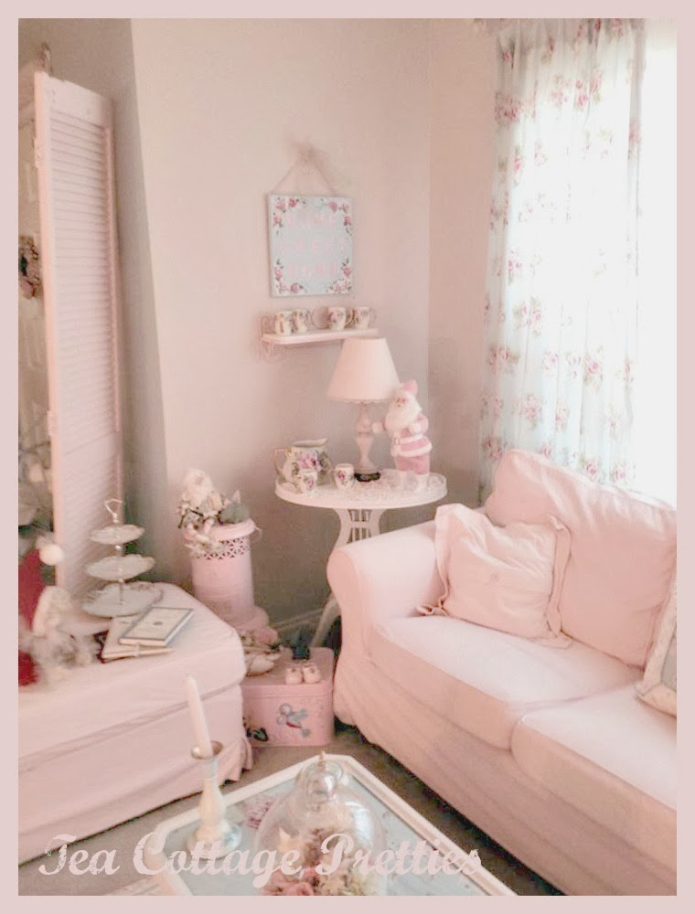 Tea Cottage Pretties: I \'M DREAMING OF A PINK CHRISTMAS