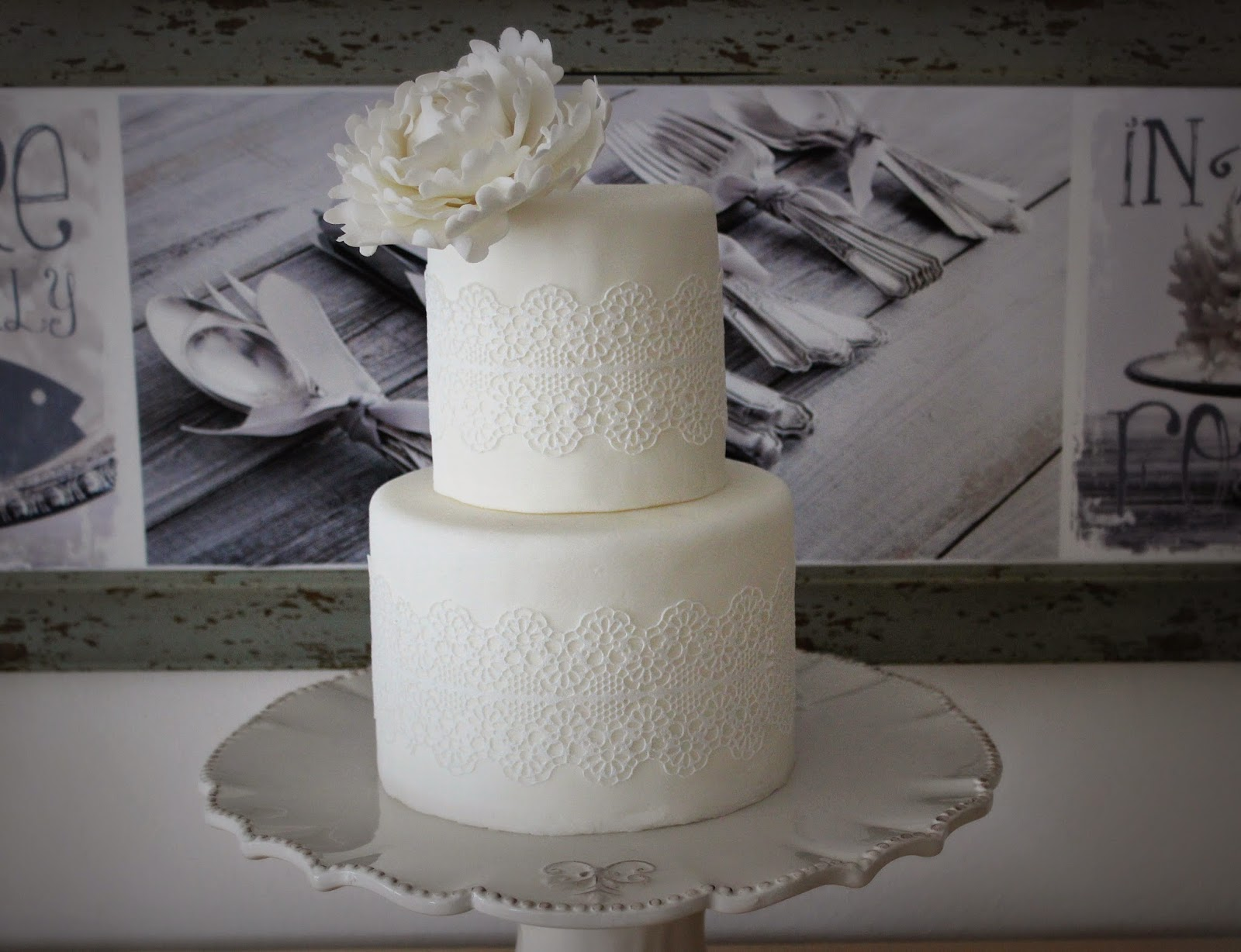 Estela S Sugar Art Hochzeitstorte Ganz In Weiss