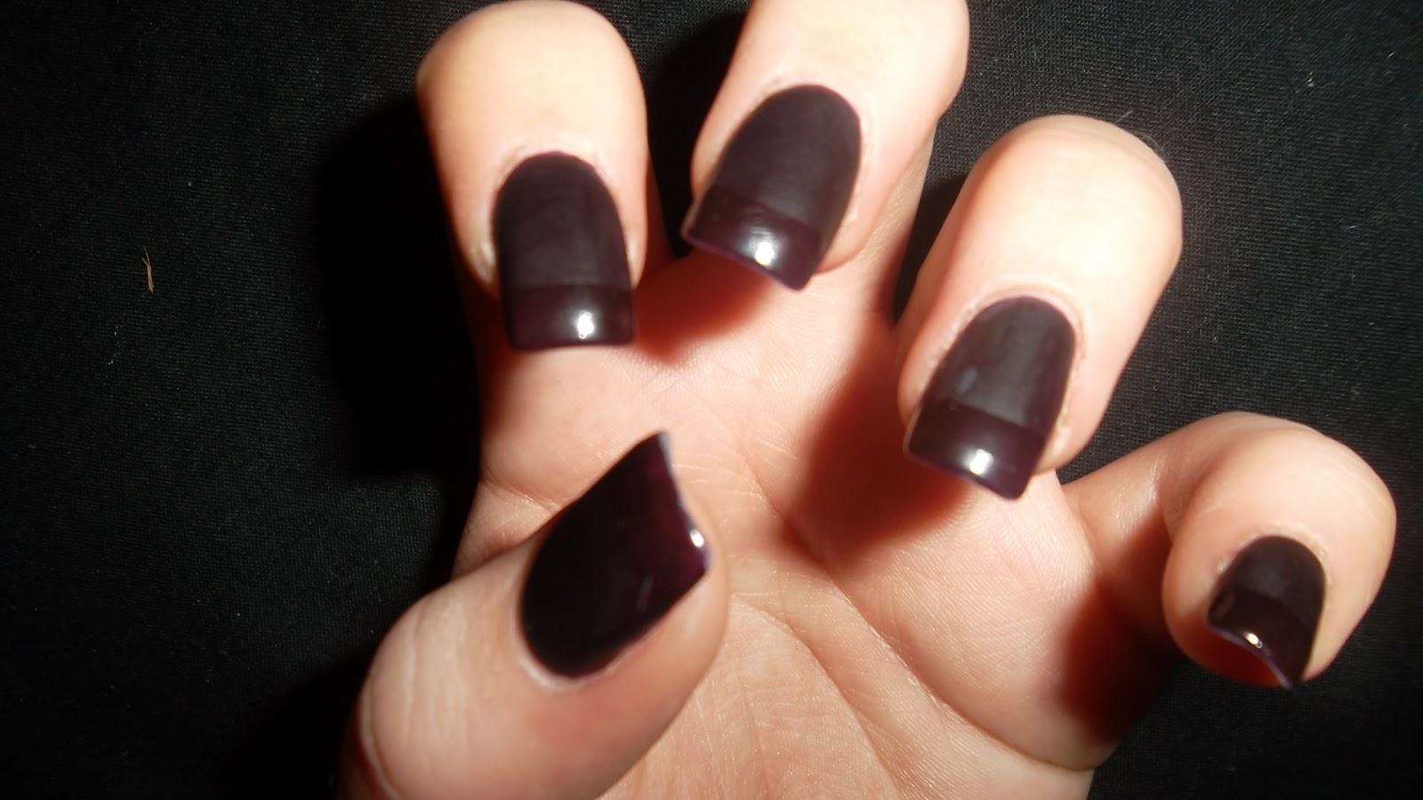 Rachel - Ellen: Matt finish acrylic nails
