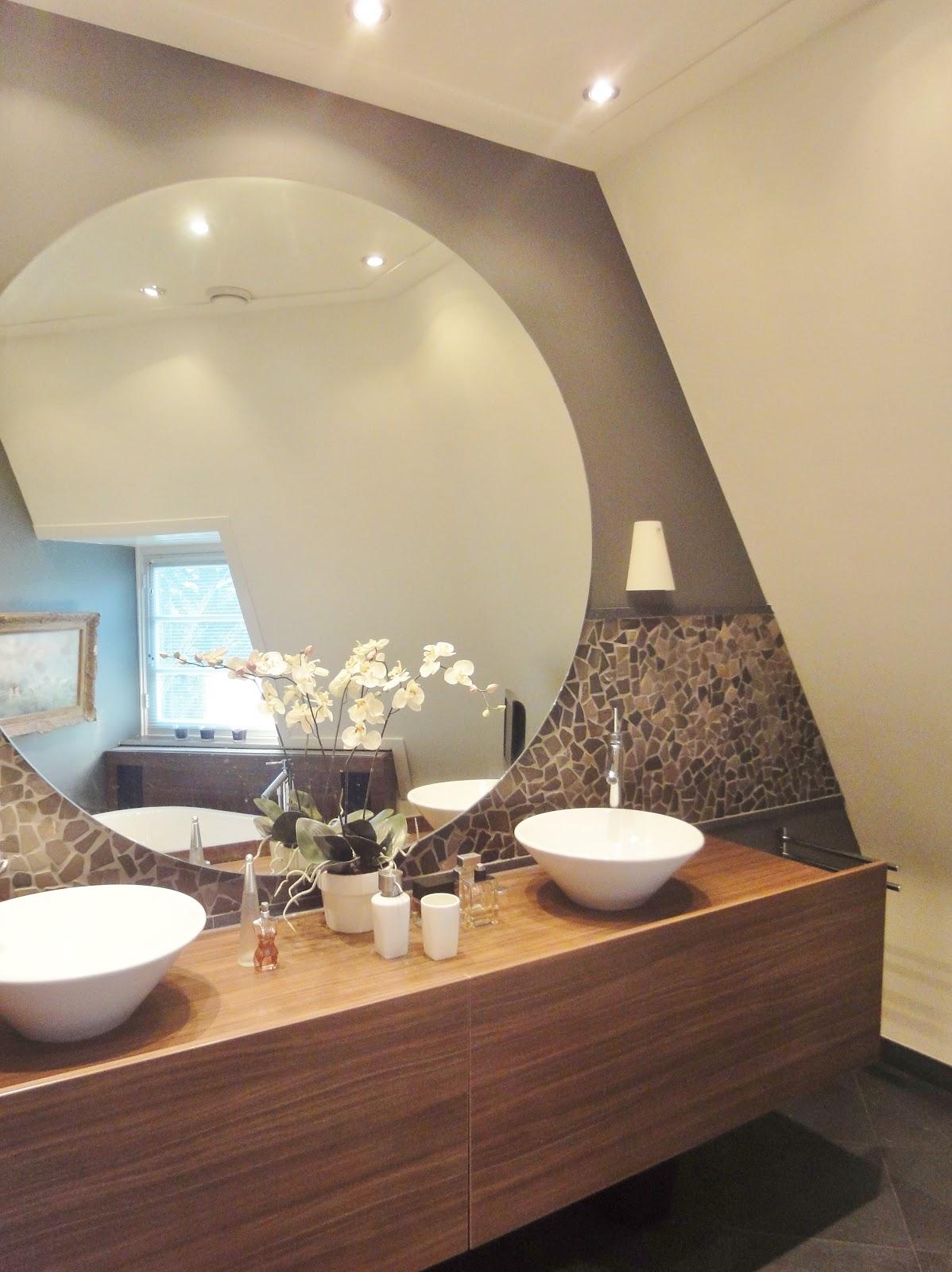 Arnoud herberts interieurarchitect ontwerp badkamermeubel for Grote muur spiegel
