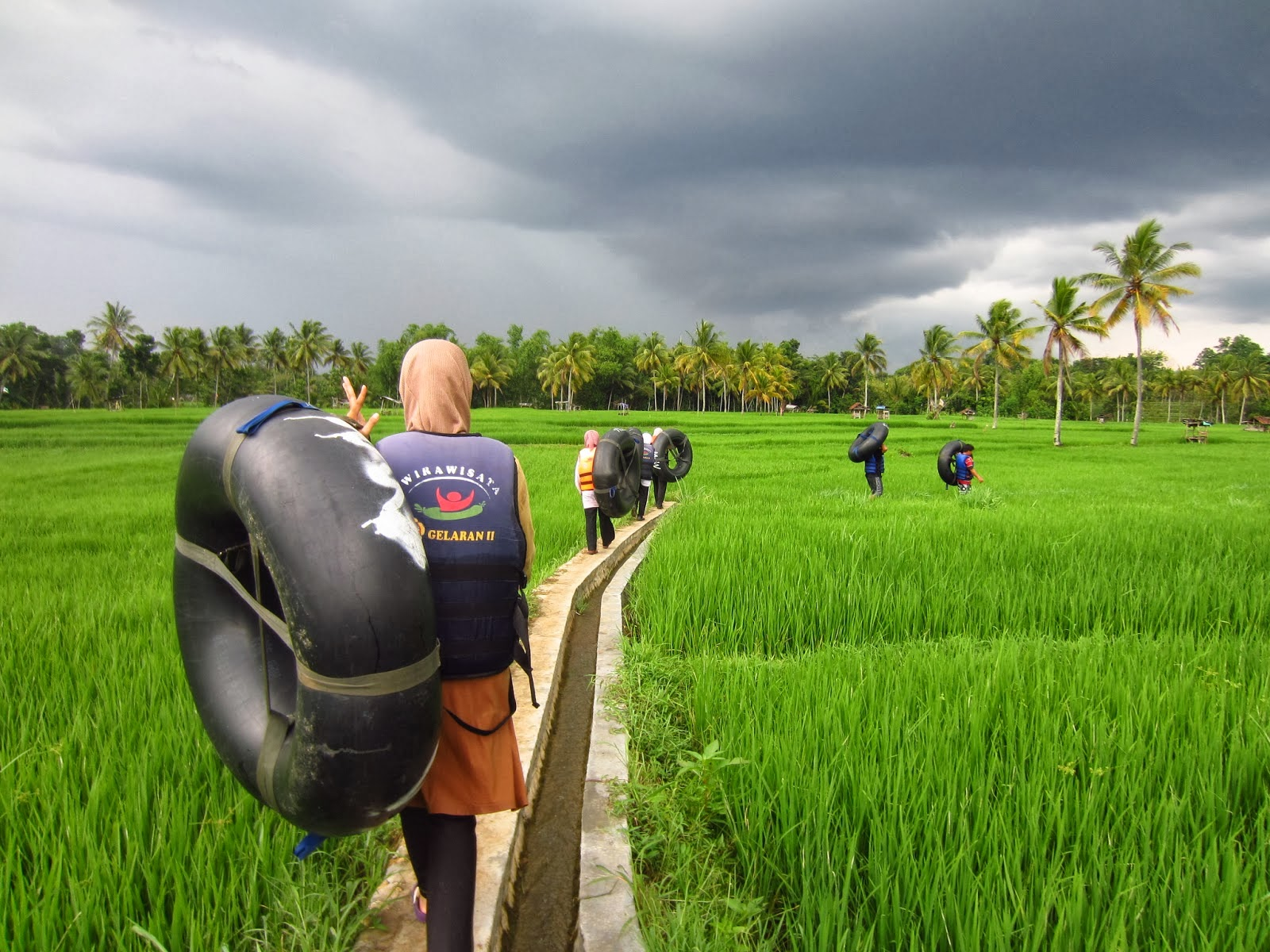 Perjalanan menuju susur sungai Oya