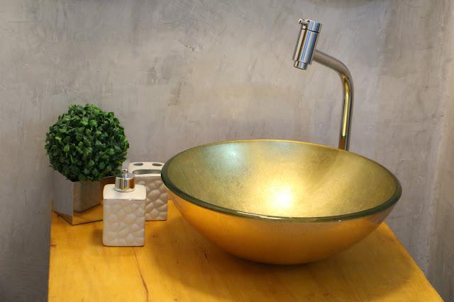 Pequena Notável Lavabo Industrial com pé de Máquina -> Cuba Para Banheiro Dourada
