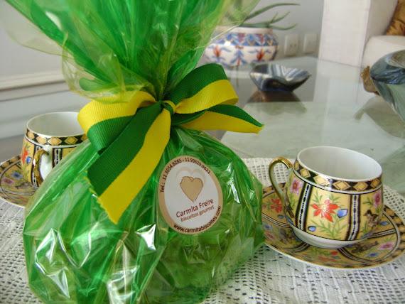 Flor de Confeiteiro: embalagem  bem brasileira