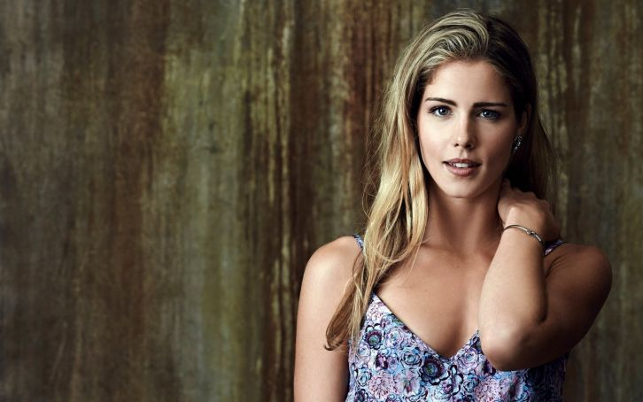 Arrow / The Flash - Season 3 - Emily Bett Rickards Interview