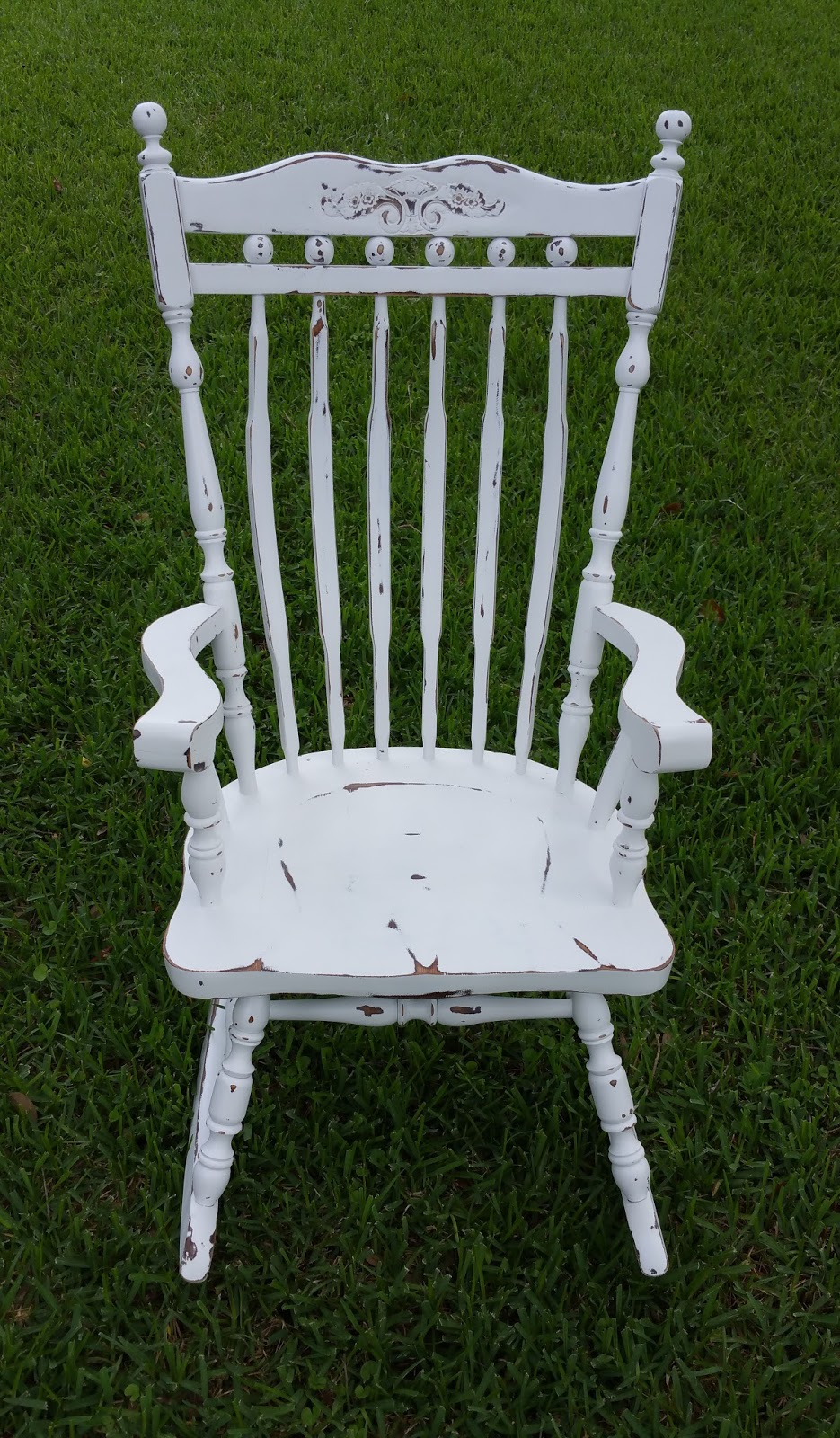 This extra large rocker was transformed into our most popular Shabby Cottage Chic finish... painted distressed and sealed for protection! & mendlbarr: Rocking Chairs... every home should have at least one!
