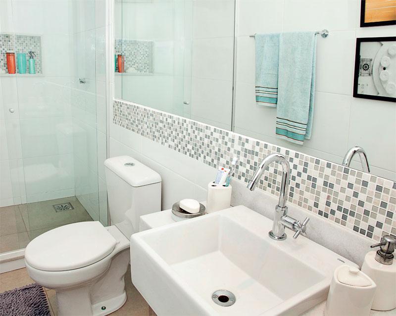 Donna Mariquinha  Pastilhas no Banheiro eu quero! -> Banheiro Pequeno Espelho